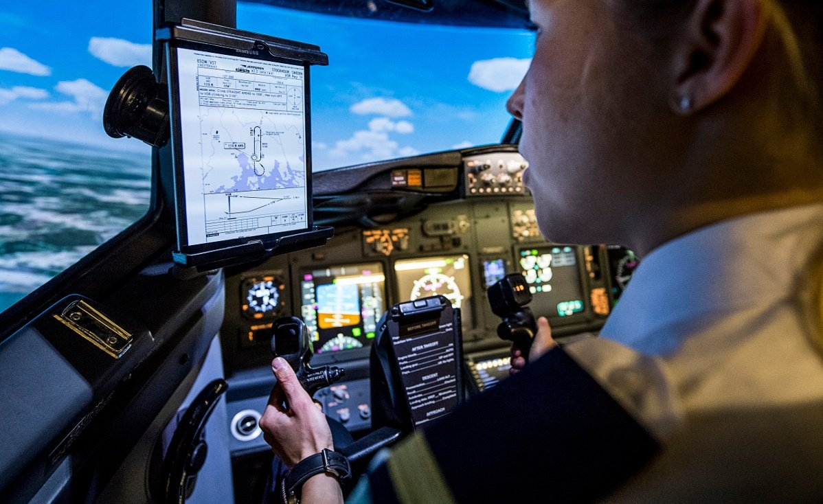 Ready To Start Your Flight Training? Study These 10 Things Before Your 1st Lesson